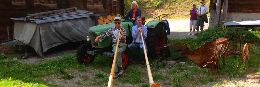 Traktor und Alphorn